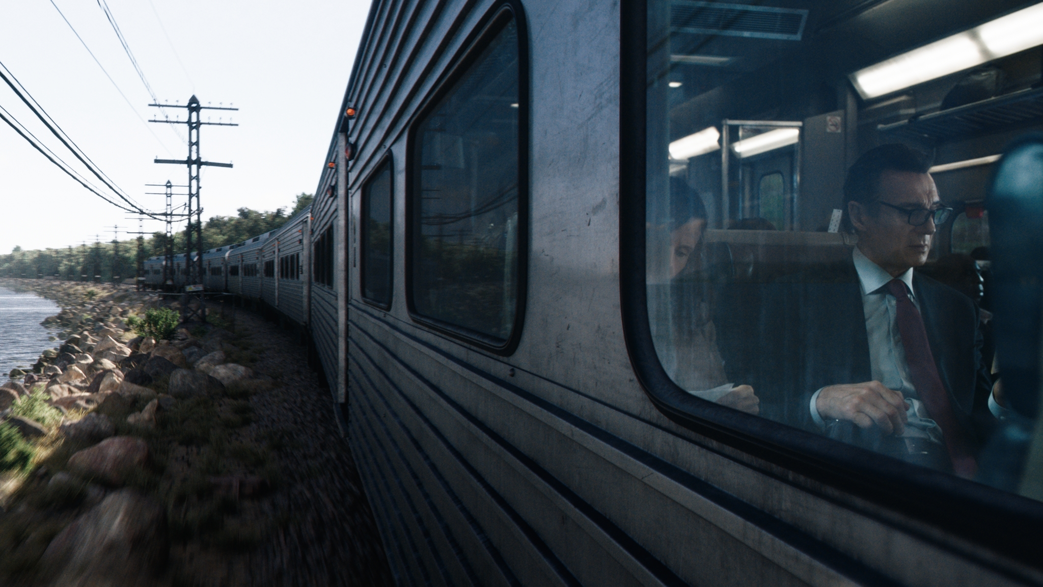 Cinesite - The Commuter 3